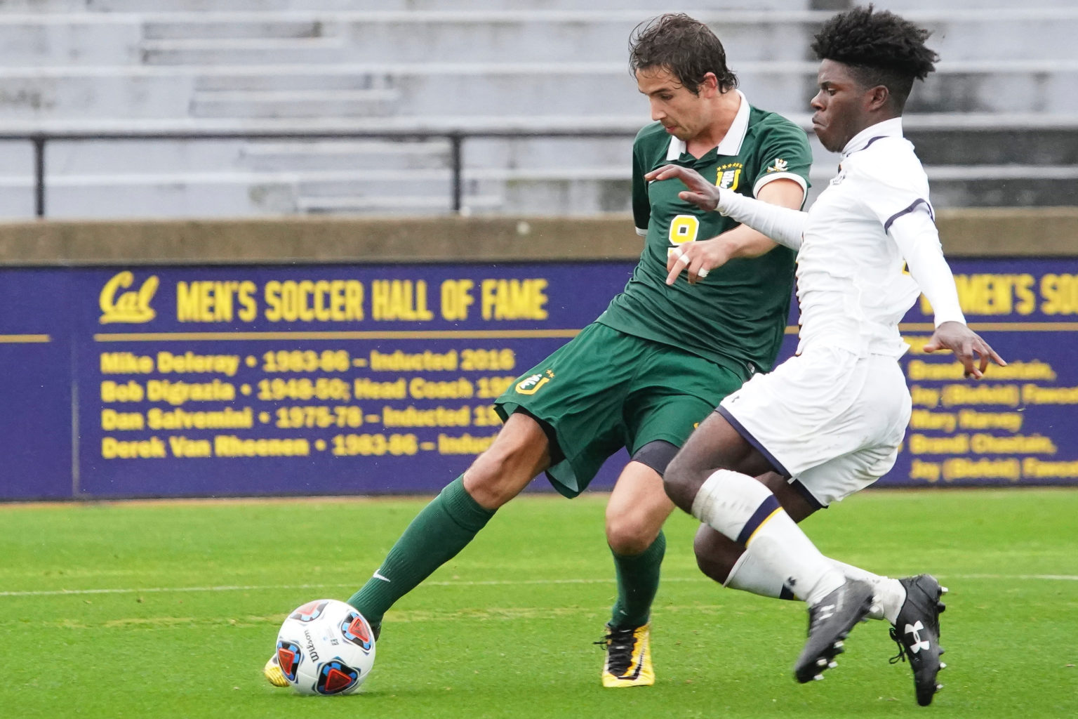 Sean Bowman of the University of San Francisco men's soccer team. (Courtesy Chris M. Leung/USF Dons Athletics)