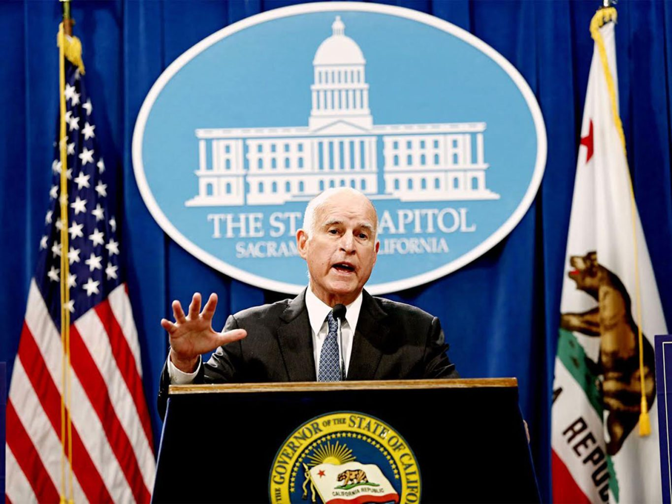 California Gov. Jerry Brown releases his proposed budget for 2017-18 at the State Capitol building in Sacramento on Jan. 10, 2017. (Gary Coronado/Los Angeles Times/TNS)