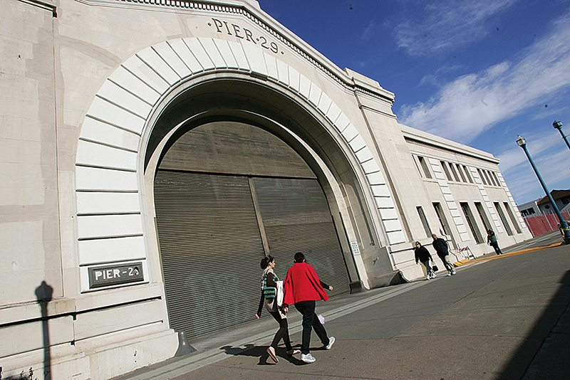 Atlanta-based commercial real estate developer Jamestown is seeking to turn the historic Pier 29 bulkhead building into a mini-mall full of retail kiosks and an upscale wine bar and brewery. (Mike Koozmin/2012 S.F. Examiner file photo)