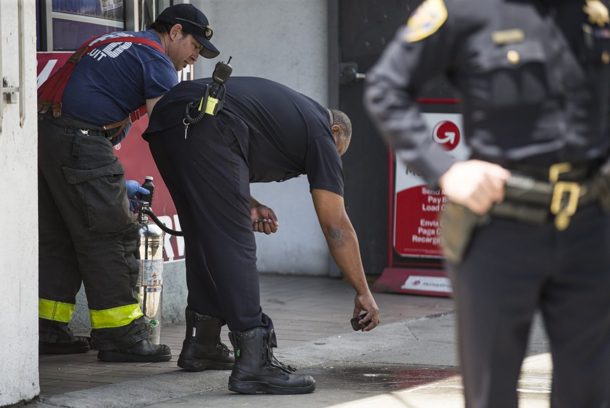 after a woman was fatally stabbed near the corner of Shipley and Folsom streets in San Francisco, Calif. Friday, June 10, 2016. (Jessica Christian/S.F. Examiner)