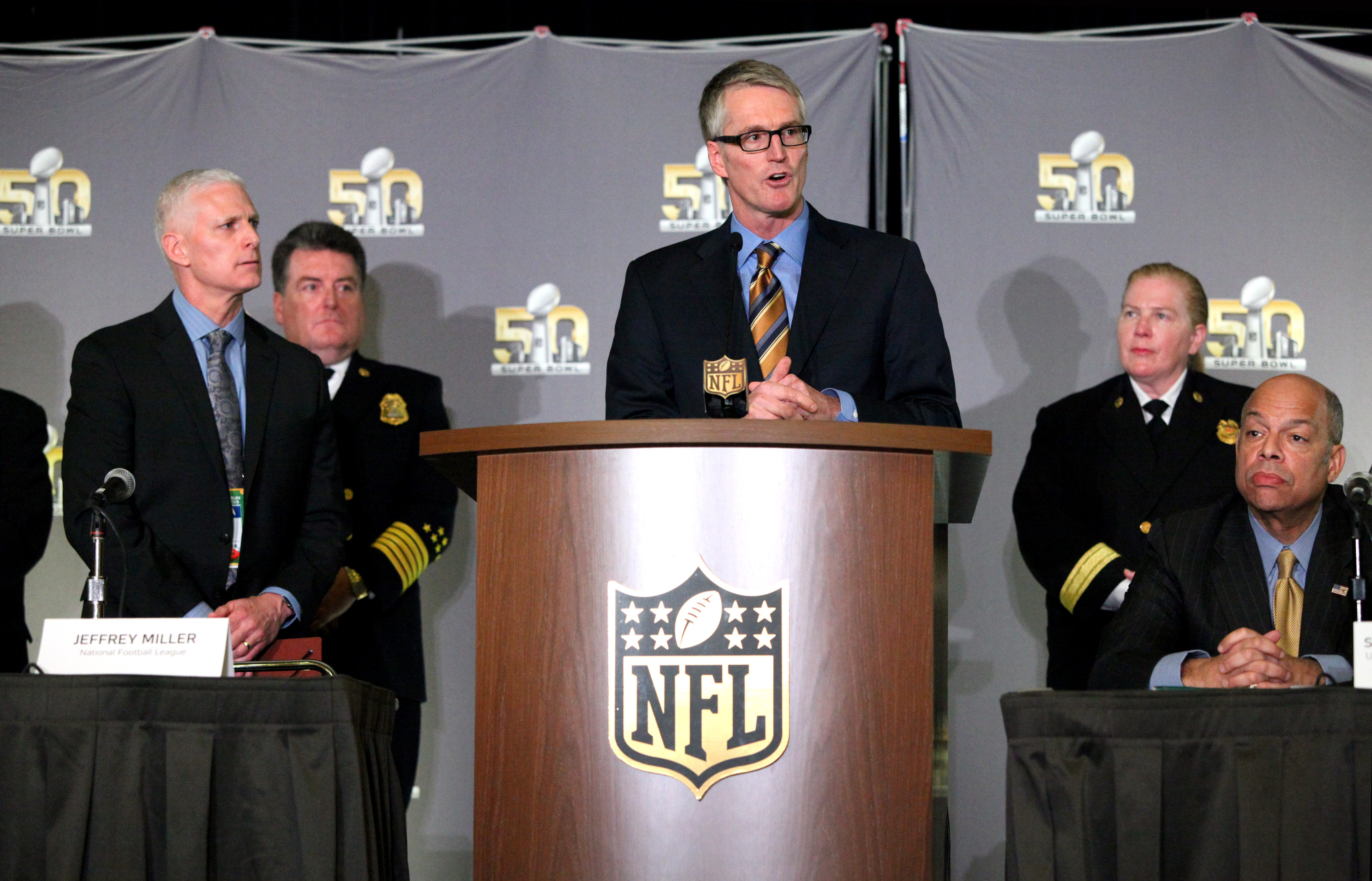 FBI special agent David Johnson addresses the crowd at a press conference on Wednesday. (Ekevara Kitpowsong/Special to S.F. Examiner)