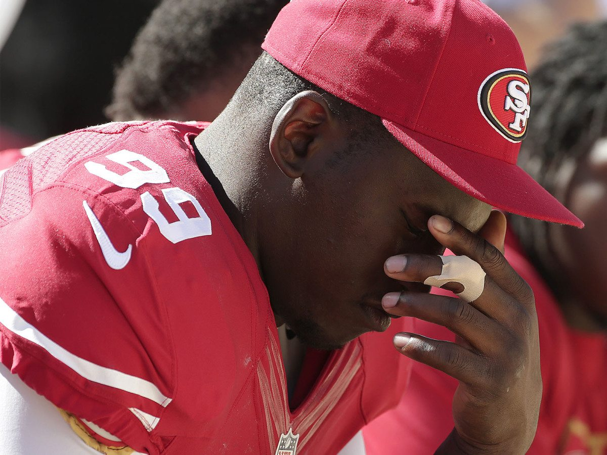 Aldon Smith, former linebacker for the San Francisco 49ers, could find himself sidelined for a significant amount time following his latest run-in with the law. (Marcio Jose Sanchez/AP)