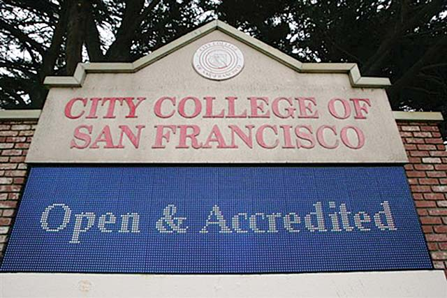 CCSF nearly lost its accreditation in 2013, but has been granted an extension to meet all accrediting requirements. (Mike Koozmin/2013 S.F.. Examiner)