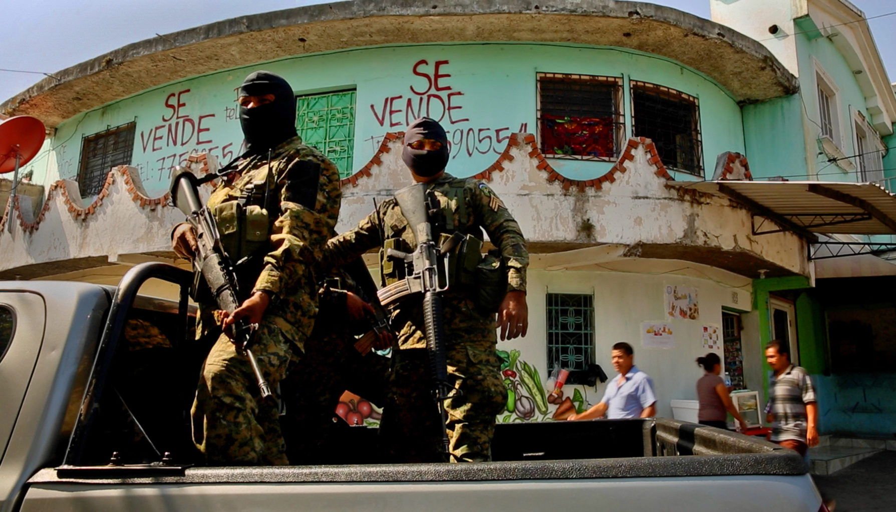 El Salvador's gang violence made it the murder capital of the world in 2015. About 262,000 Salvadorans have been allowed to live and work in the U.S. under a program known as temporary protected status, many fleeing violence or natural disasters. (Carolyn Cole/Los Angeles Times/TNS)