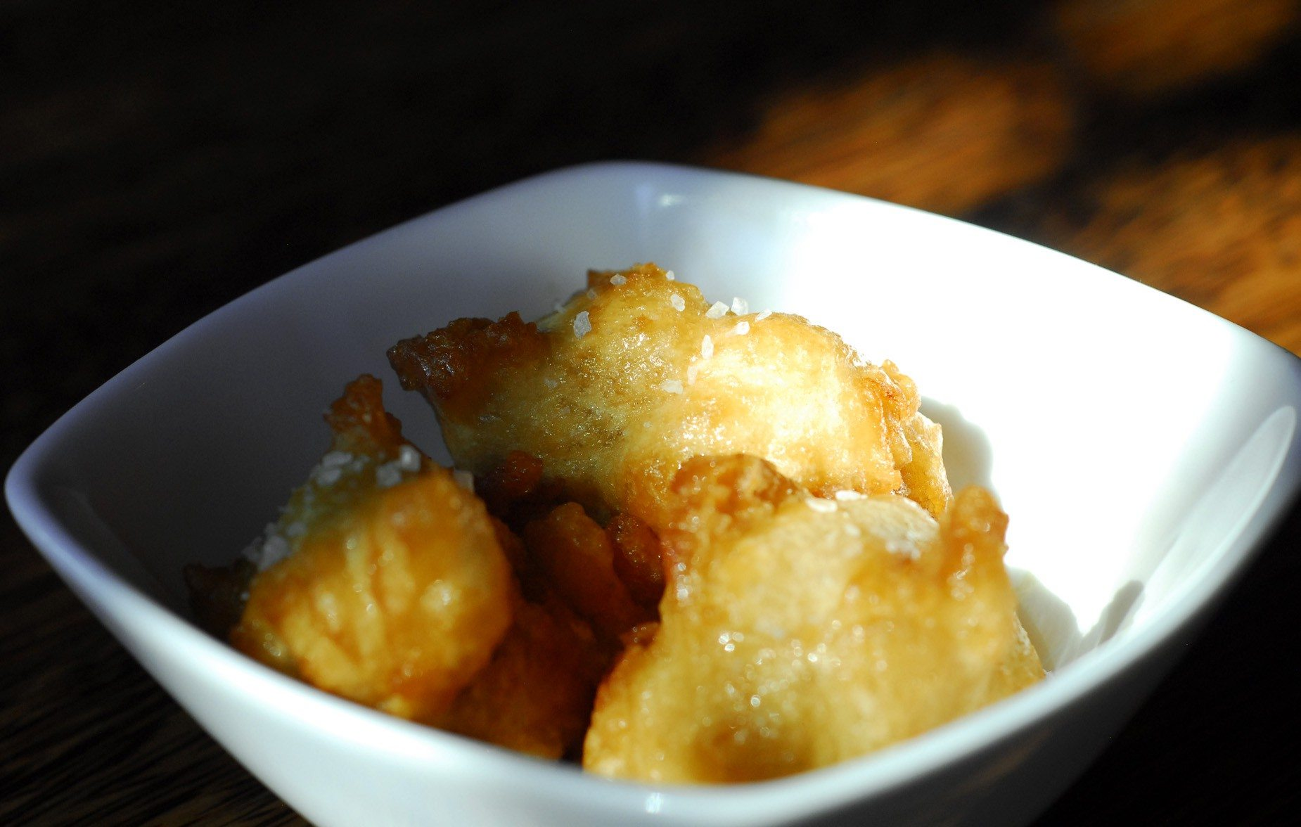 Evan DuCharme/Special to The S.F. ExaminerThe fried macaroni and cheese balls at Folsom Street pub The Willows are both creamy and crunchy.