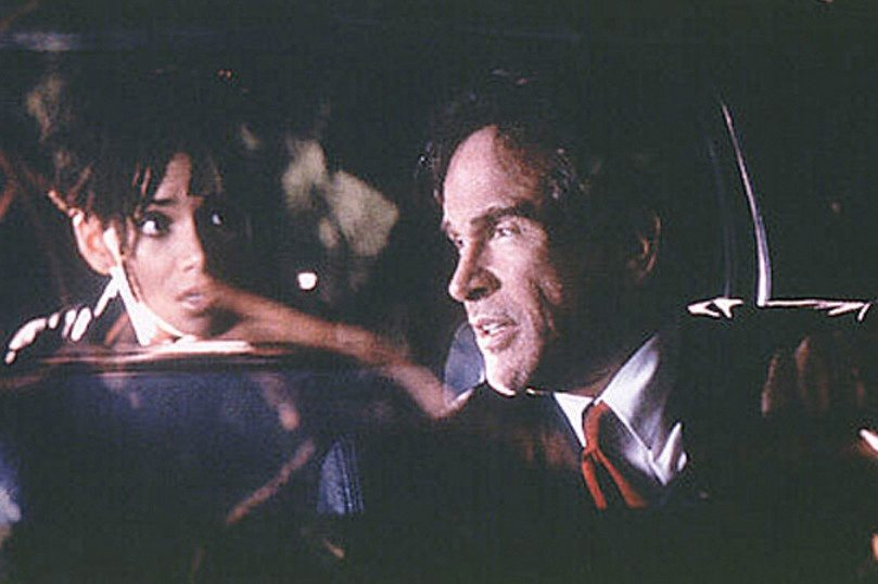 """Warren Beatty and Halle Berry starred in """"Bulworth"""