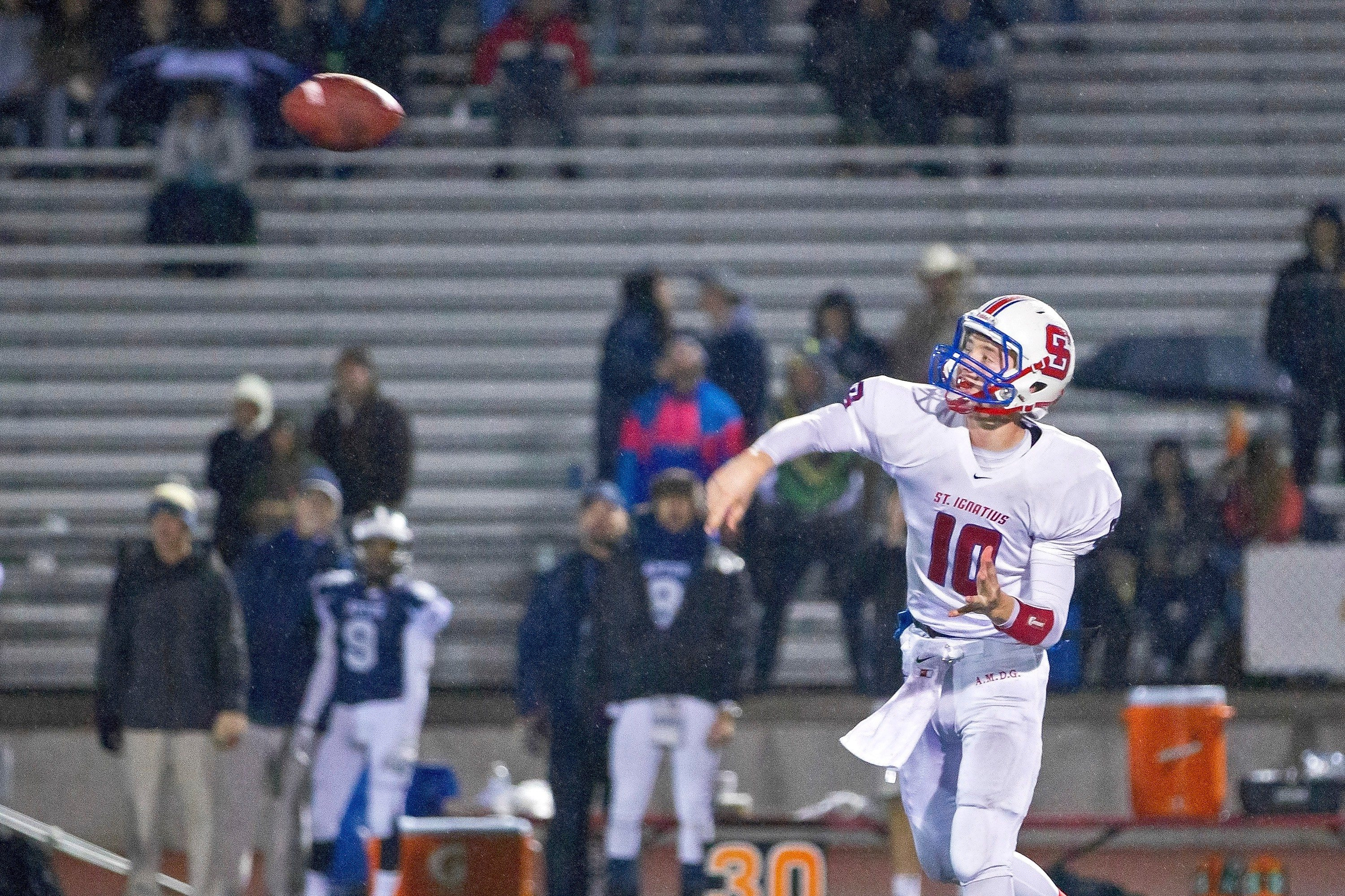 Joe Lang dives in for a touchdown late in the fourth quarter Friday.