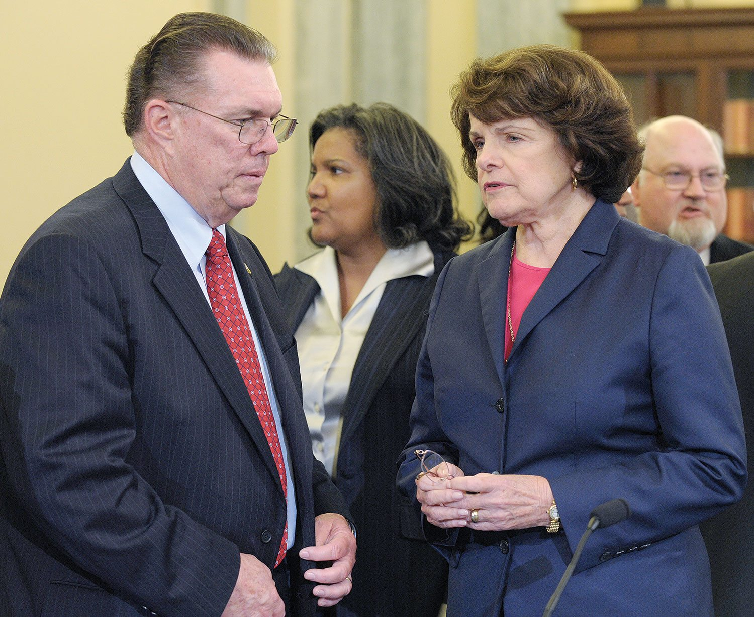 San Bruno Mayor Jim Ruane talks with Sen. Dianne Feinstein before a hearing on Capitol Hill in 2010 about the fatal gas pipeline explosion in his city.