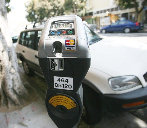 Cindy Chew/2009 S.F. Examiner file photoThe City is likely to come out ahead with Sunday parking meter enforcement.