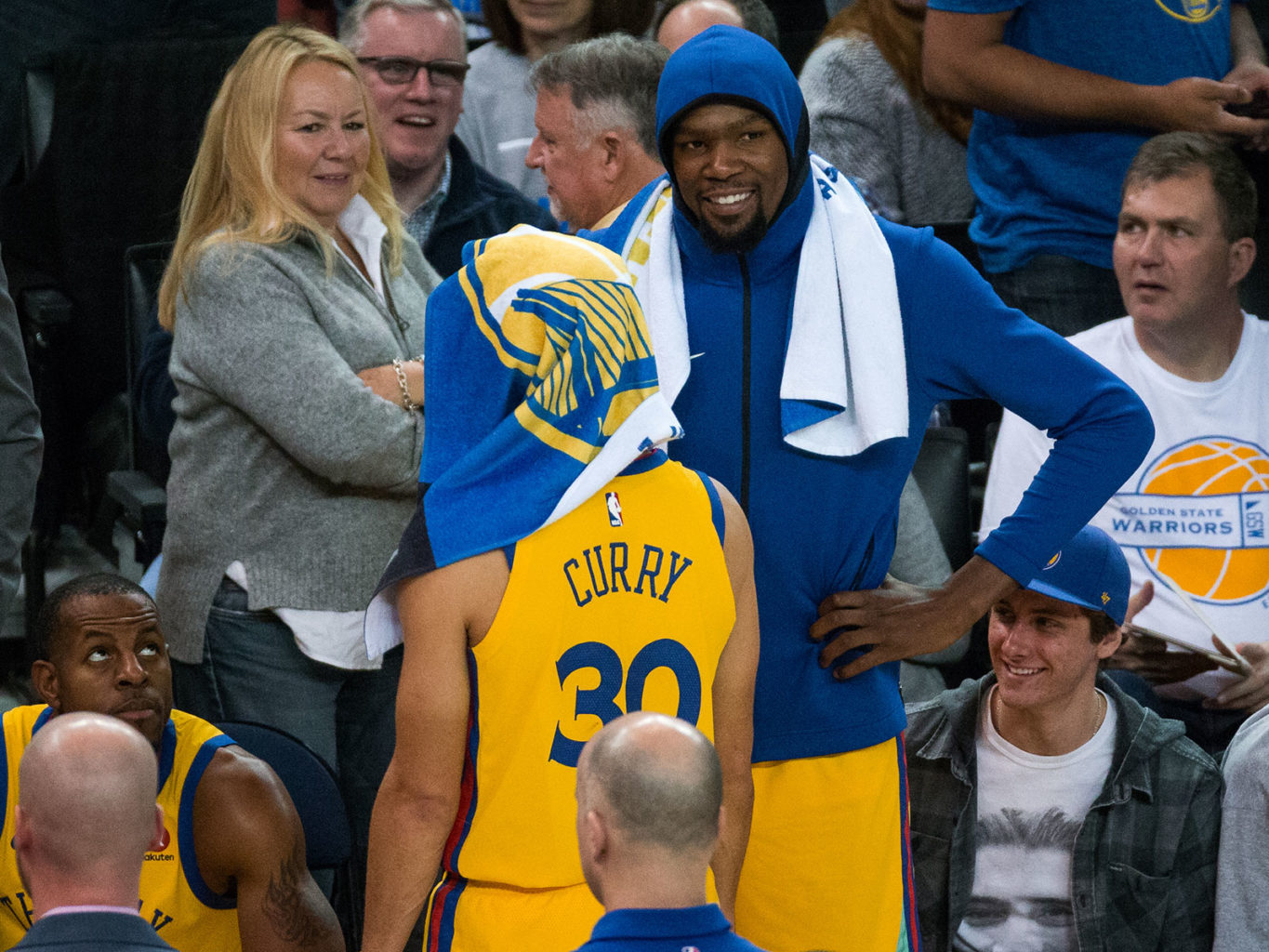 It's not easy to pick who is the Warriors MVP between Stephen Curry and Kevin Durant. (Stan Olszewski/Special to S.F. Examiner)