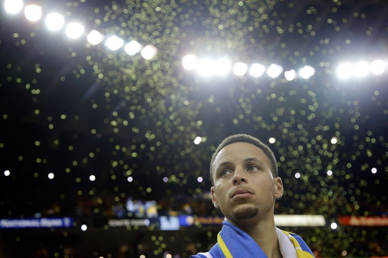 Stephen Curry and the Warriors have to win on Thursday to avoid being crowned too early as the best team of all time. (Marcio Jose Sanchez/AP)