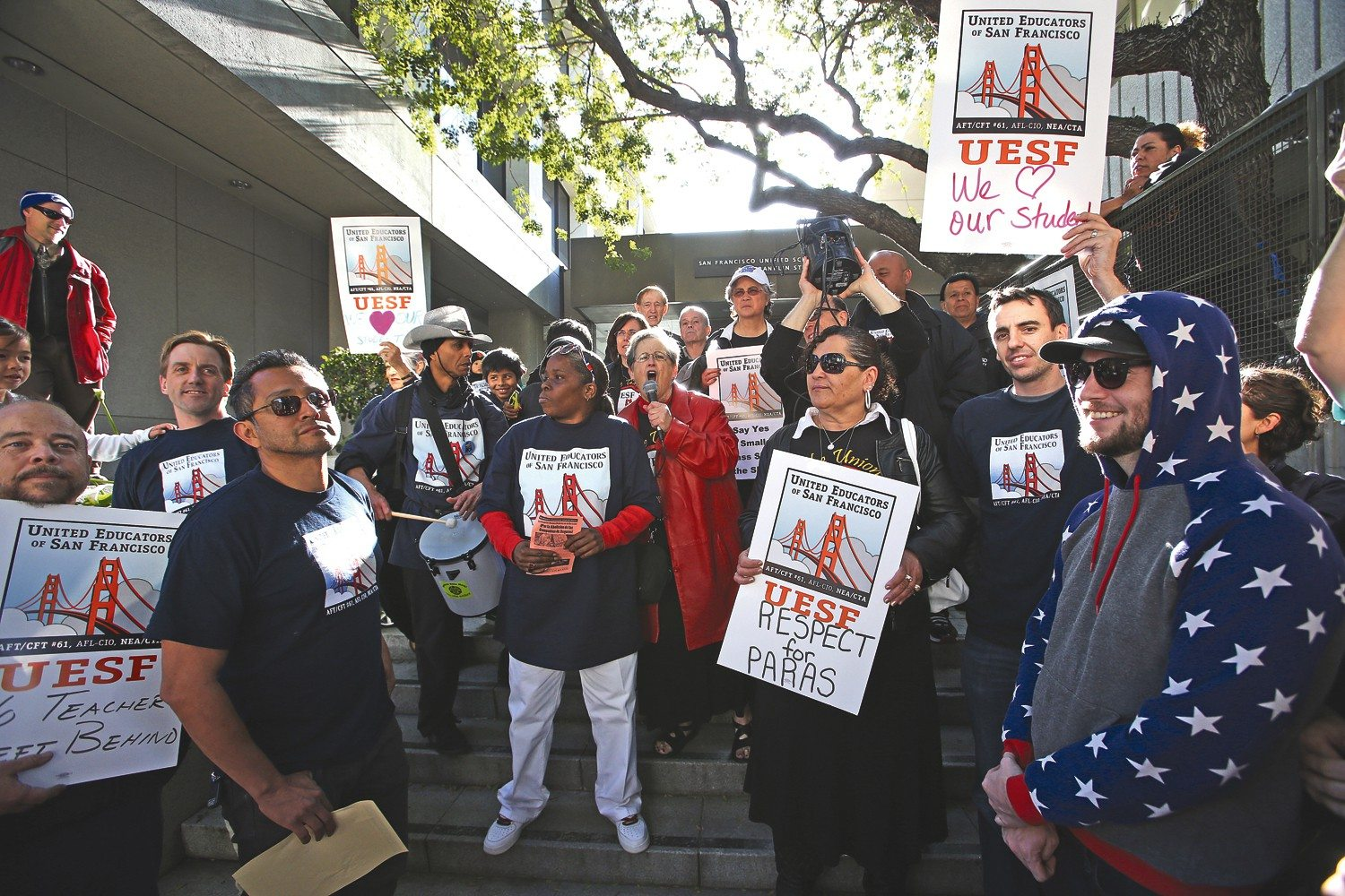 mike koozmin/S.f. Examiner file photoSFUSD teachers rallied outside of the SFUSD administrative building on April 22