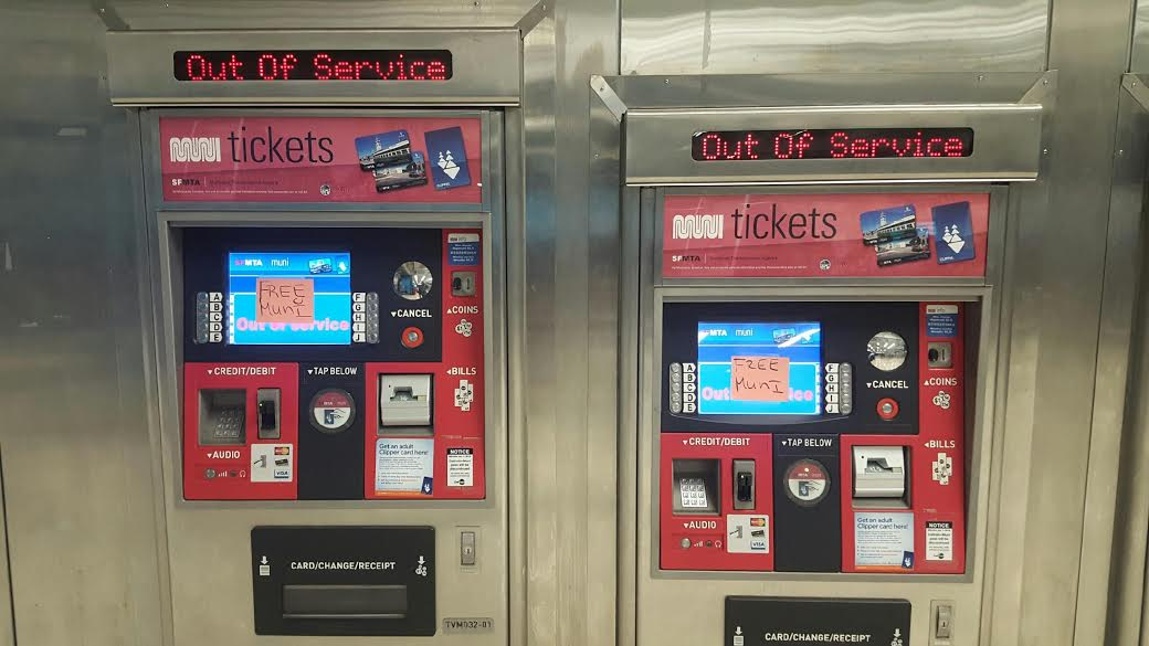 """Muni's fare payment system read """"Out of Order"""" Saturday. (Joe Fitzgerald Rodriguez/S.F. Examiner)"""