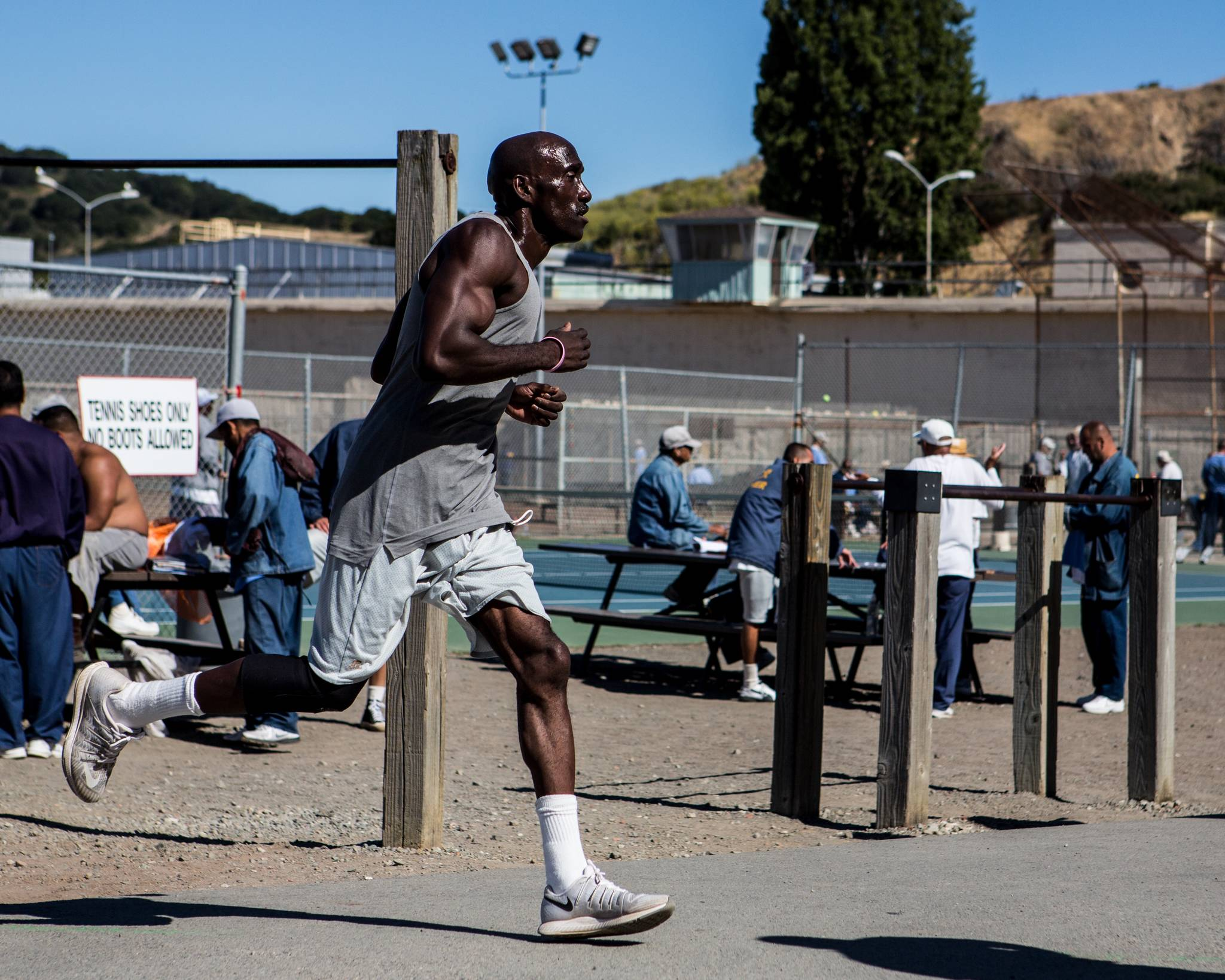 While in prison, Markelle Taylor was able run 105 non-stop loops around the prison track — the equivalent of a marathon. (Christine Yoo/Special to S.F. Examiner)