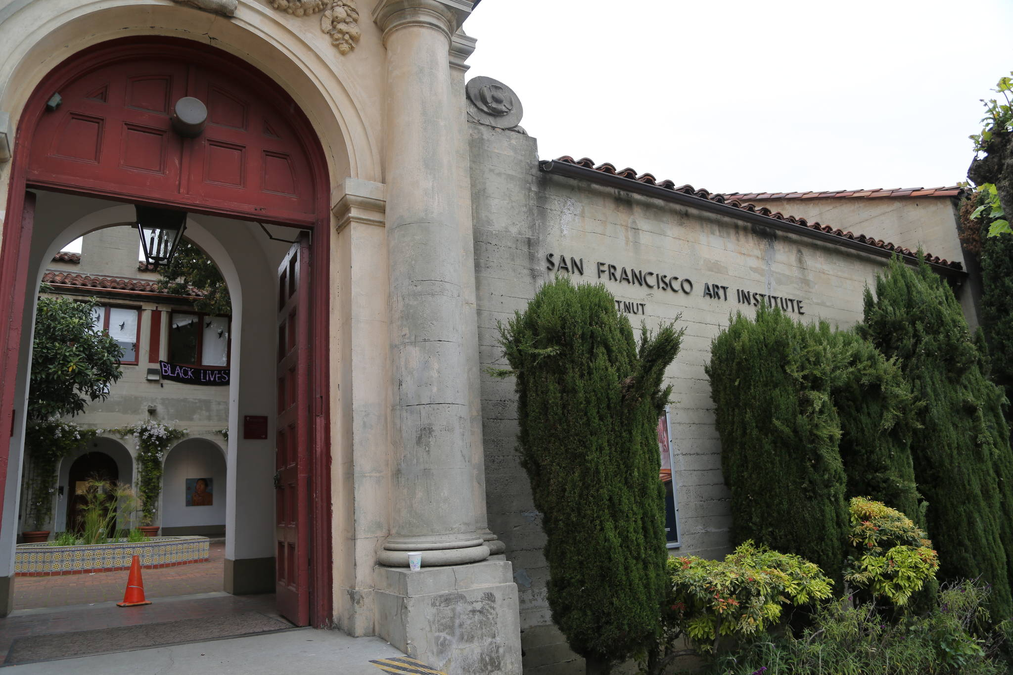 Faced with a cash flow problem and potential foreclosure on its property, the San Francisco Art Institute is raising funds to continue operations. (James Chan/Special to S.F. Examiner)