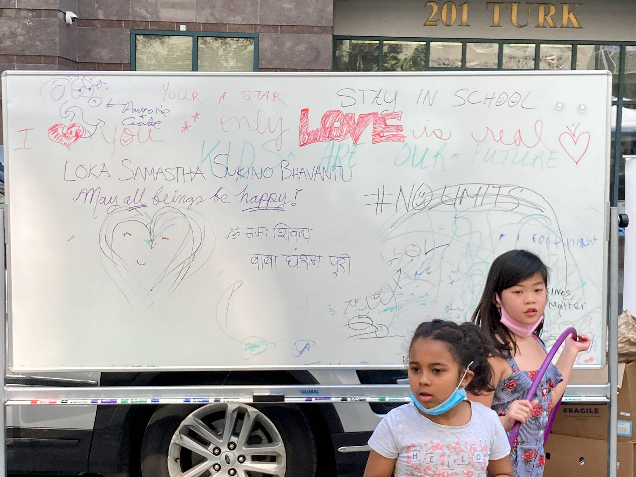 A dry erase board gave Tenderloin youth a chance for self-expression. (By Sakura Sato/Special to the S.F. Examiner)