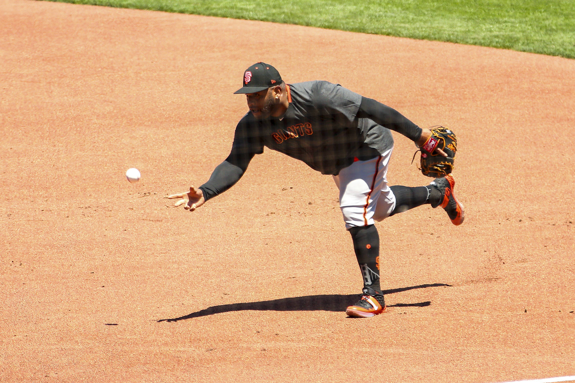 San Francisco Giants third baseman Pablo Sandoval fields a ground ball during drills during summer workout at Oracle Park on July 4, 2020. (Chris Victorio/Special to S.F. Examiner)