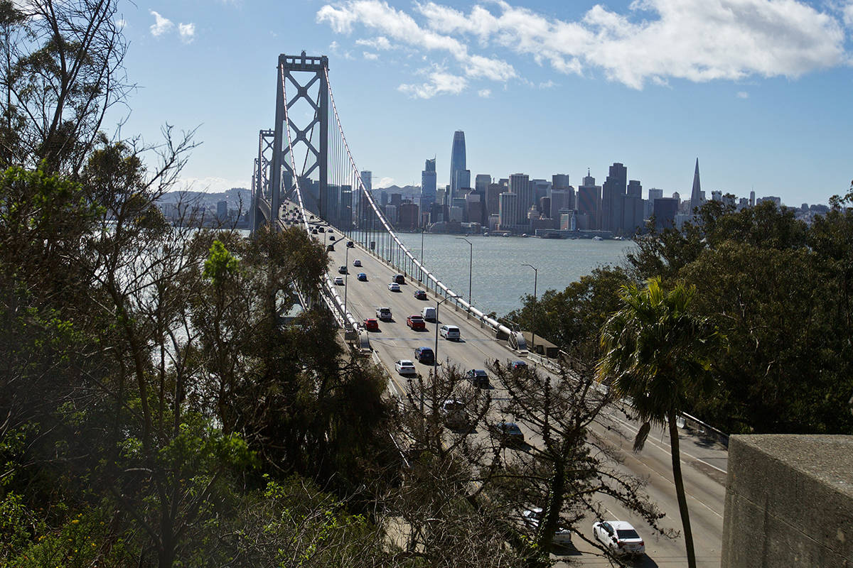 Vehicle traffic is expected to peak Wednesday afternoon before Thanksgiving. (Kevin N. Hume/S.F. Examiner)