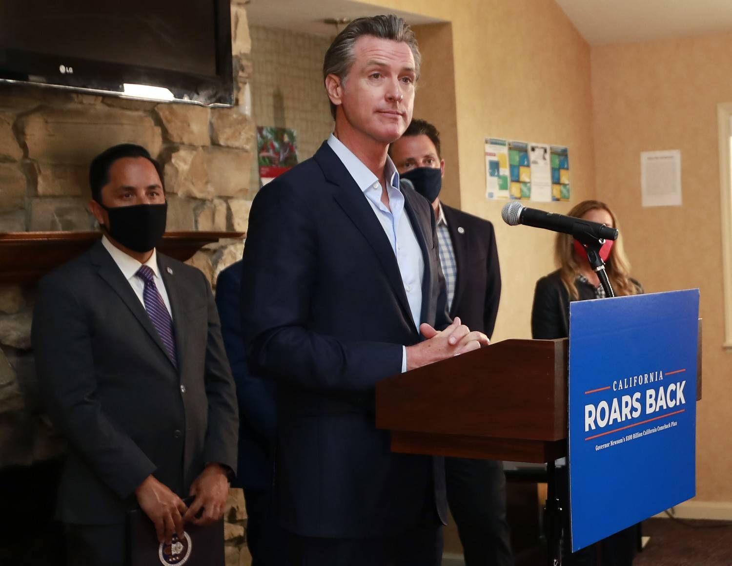 Gov. Gavin Newsom's revised 2021-22 budget has limited information about the Unemployment Insurance Fund, which comprises debt the state is projected to owe to the federal government.<ins> (K.C. Alfred/The San Diego Union-Tribune/TNS)</ins> Gov. Gavin Newsom's revised 2021-22 budget has limited information about the Unemployment Insurance Fund, which comprises debt the state is projected to owe to the federal government. (K.C. Alfred/The San Diego Union-Tribune/TNS)
