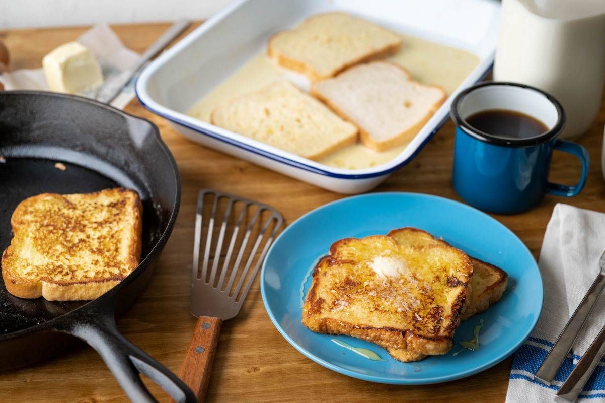 Indulging in common activities such as making French toast may inspire feelings of inhibition and spaciousness. (Shutterstock)