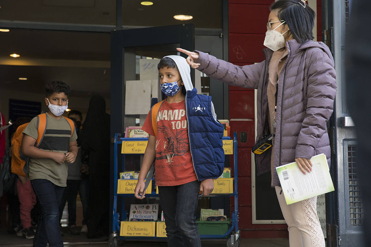 As San Francisco school students continue to adjust to in-person learning and being back on campuses, teachers, counselors and social workers are trying to build connections and promote wellness. (Kevin N. Hume/The Examiner)