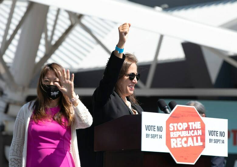 State Treasurer Fiona Ma, left, and Lt. Gov. Eleni Kounalakis, who were elected in 2018, rallied to support of Gov. Gavin Newsom, who faces recall. (Anne Wernikoff/CalMatters)