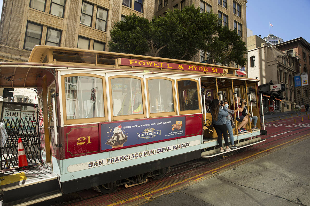San Francisco's transit agency is planning a project for major improvements to The City's beloved cable cars, including modernizing the electrical system, upgrading infrastructure and rehabilitating vehicles. <ins>(Kevin N. Hume/The Examiner)</ins>