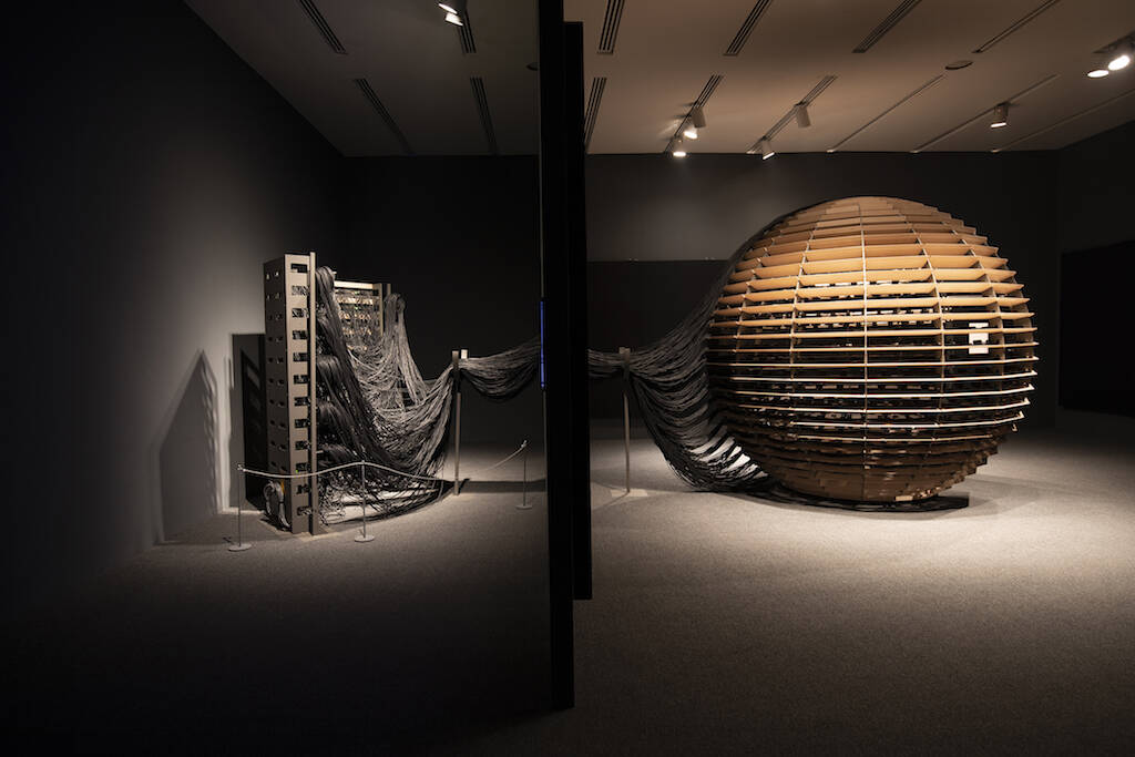 """""""Sphere Packing: Bach"""" is the pinnacle piece in Rafael Lozano-Hemmer's show. It's a series of sculptures viewers can enter; inside are 1,128 loudspeakers, each of which plays one of Johann Sebastian Bach's compositions. (Photo by Mariana Yañe/Courtesy Rafael Lozano/Artists Rights Society)"""