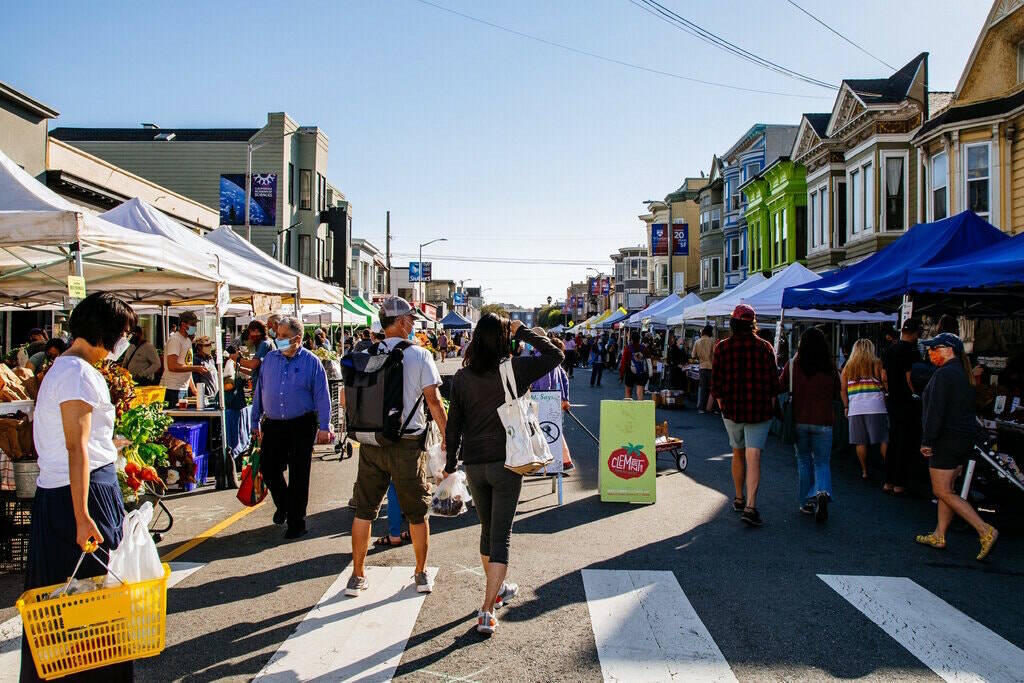 The Clement Street Farmers Market is popular among residents in the Richmond. (Clara Mokri/New York Times)